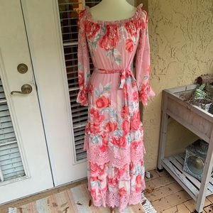 Champagne&Strawberry Floral Off the Shoulder Maxi